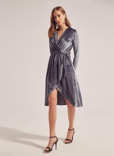 Monamoda Eteği Dantel Garnili Elbise Gri